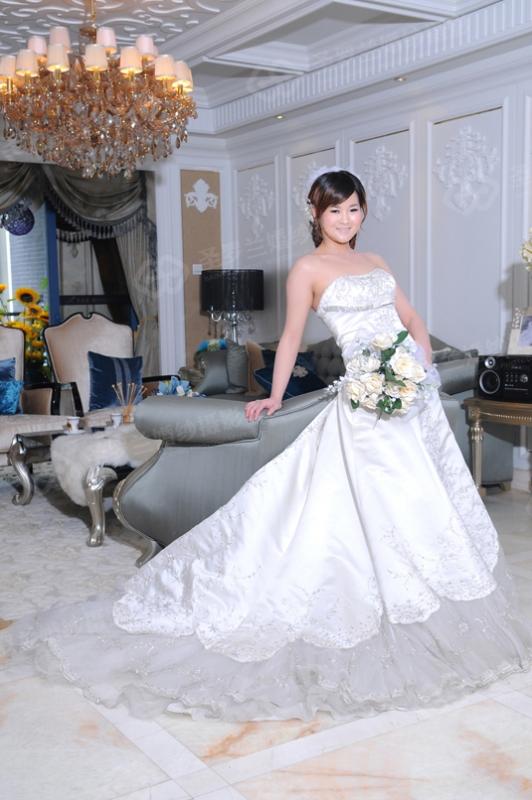 24号新娘:陈西