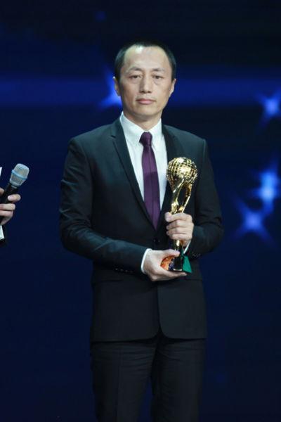 万科企业股份有限公司总裁郁亮获2012CCTV中国经济年度人物奖。